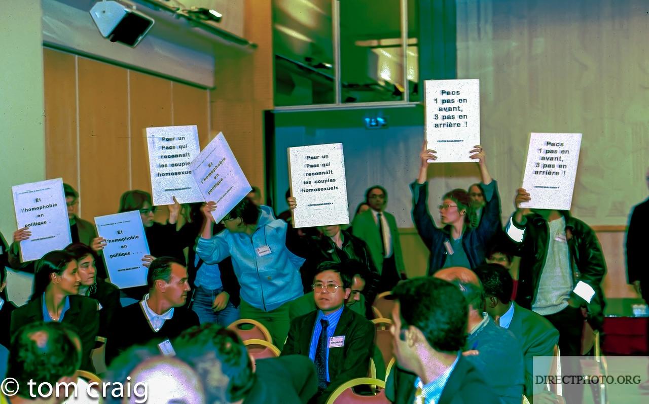 Centre LGBT-Paris IDF, Manifestation, Mariage Gay, (C.U.S., Contrat Union Social- PACS,), Contre le Parti Socialiste,  7/10 1998