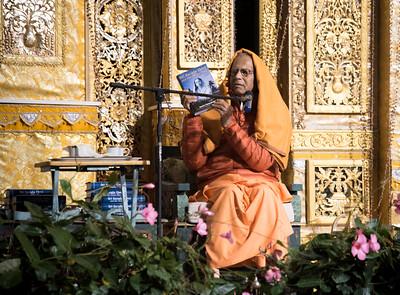 20151108_Swami Chetanananda_048