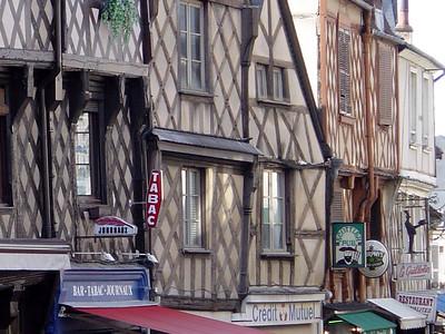 Bourges Centre Ville Juin 2003 06 C-Mouton