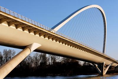 Orleans - Pont de l'Europe 15 C-Mouton
