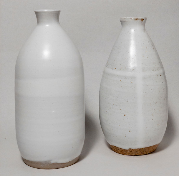 Two white narrow-necked vases (21JA14, 20NV05)