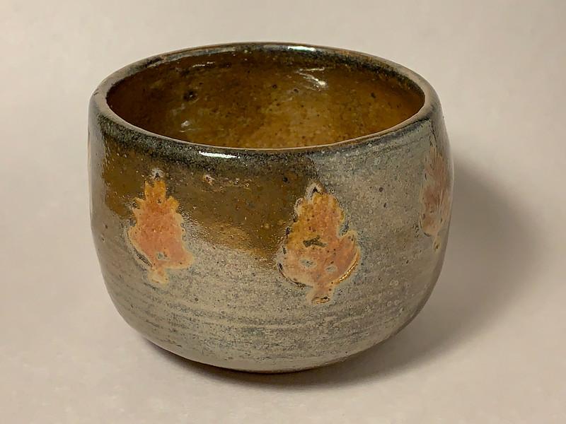 Shino-glazed bowl with stamped decoration