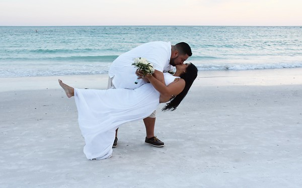 Beautiful wedding at Lido Beach, FL