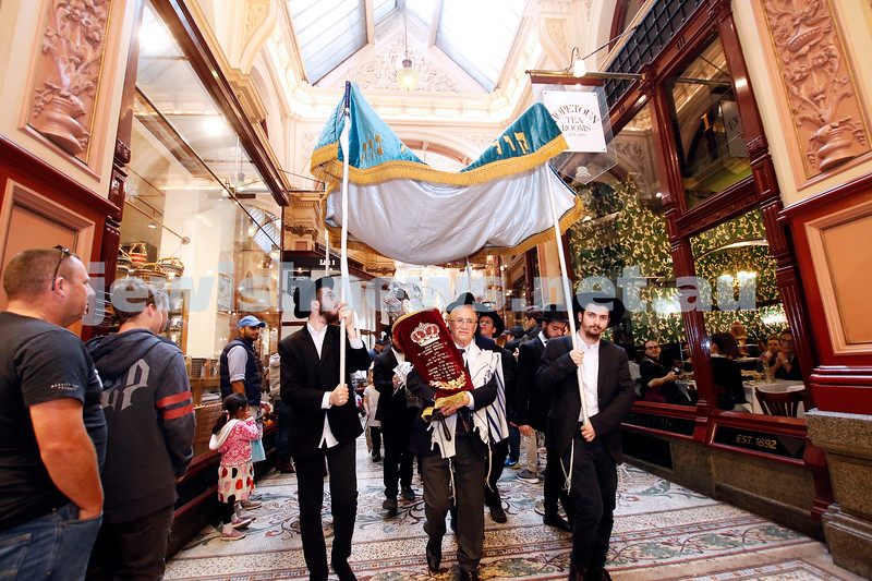 27-5-18. A new Torah for Chabad CBD, Melbourne. The parade with the new Torah starting in Block Arcade. Photo: Peter Haskin
