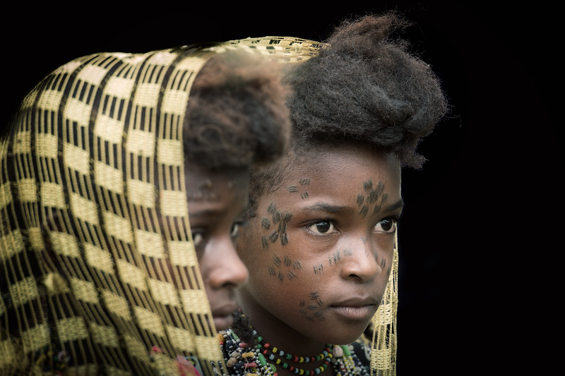 Japta girls of the Wodaabe