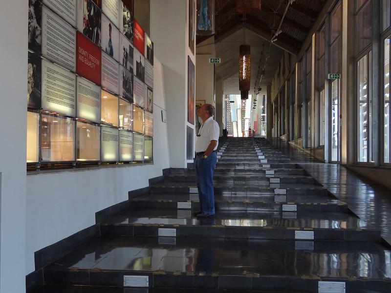 interesting Appartheit Museum