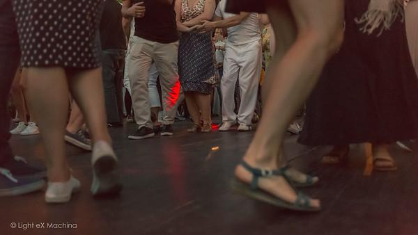 Bal Swing à la Guinguette Javel (2015-07-11)  - Photos utilisables librement sur Facebook uniquement en utilisant la fonction « Partage » et hors usage promotionnel ou commercial. - Pour toute autre utilisation, me contacter.  © Light eX Machina, 2015. Tous droits réservés.