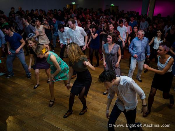 Bal Swing au MAS avec l'orchestre Swing Deluxe, shim sham - © Light eX Machina, 2014. Tous droits réservés.