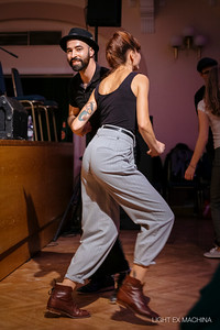 With Gosia & Dom, snapshot of a dance (Vintage Swing Festival - Celje/Slovenia), photo by Alexandre - LIGHT EX MACHINA  Feel free to share on social media with the author's credit without cropping, for non promotional and non commercial use.  © LIGHT EX MACHINA 2019, all other rights reserved.
