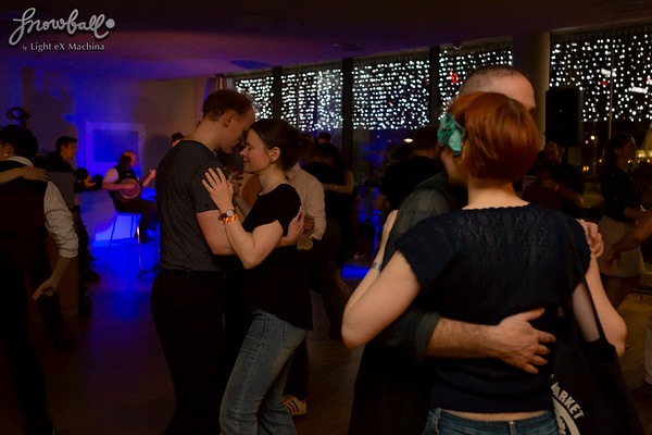 The Snowball 2016, the evening of December 29th  http://www.lightexmachina.com/Chambre-noire-Darkroom/Dance/The-Snowball-2016-12-29/  Feel free to share on Facebook with the author's credit and no crop, for non promotional and non commercial use. © Light eX Machina 2016, all other rights reserved.