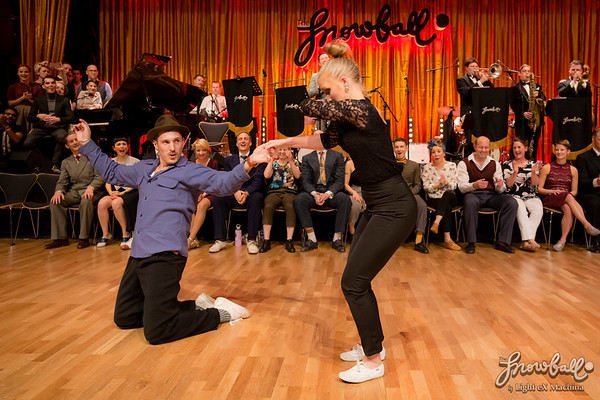 The Snowball 2016, invitational strictly lindy competition finals, evening of December 29th  http://www.lightexmachina.com/Chambre-noire-Darkroom/Dance/The-Snowball-20161229-invit/  Feel free to share on Facebook with the author's credit and no crop, for non promotional and non commercial use. © Light eX Machina 2016, all other rights reserved.