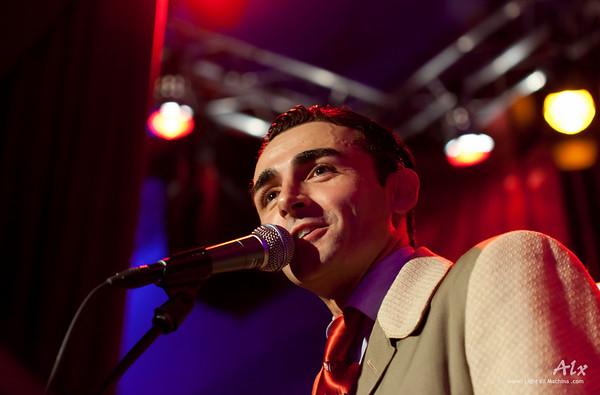 Guest singer Vincenzo Fesi