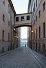 """Un crépuscule à Stockholm<br /> <br /> Exploration fugace de Stockholm, à ce moment du jour entre ombres bleutées et couchant orangé, si particulier à ces latitudes nordiques.<br /> <br /> Copyright: Light eX Machina - CC BY-NC-SA 4.0 <a href=""""http://creativecommons.org/licenses/by-nc-sa/4.0/"""">http://creativecommons.org/licenses/by-nc-sa/4.0/</a>"""