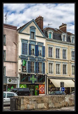 Troyes (C)