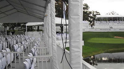 Take a rare look at a very quiet 18th Hole in this behind the scenes clip from the BMW Championship.