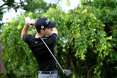 No. 1 ranked Patrick Cantlay, 19, of Los Alamitos, Calif., tees off in his match against medalist Chris Williams Friday morning.