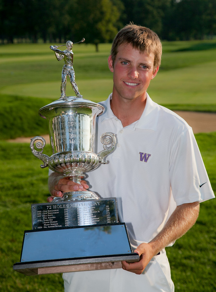 "Chris Williams holds the ""Cameron Eddy Trophy"" for the second year in a row after winning low medalist at the 2012 Western Amateur Championship at Exmoor Country Club in Highland Park IL. on Thursday, August 2, 2012. (WGA Photo/Charles Cherney)"