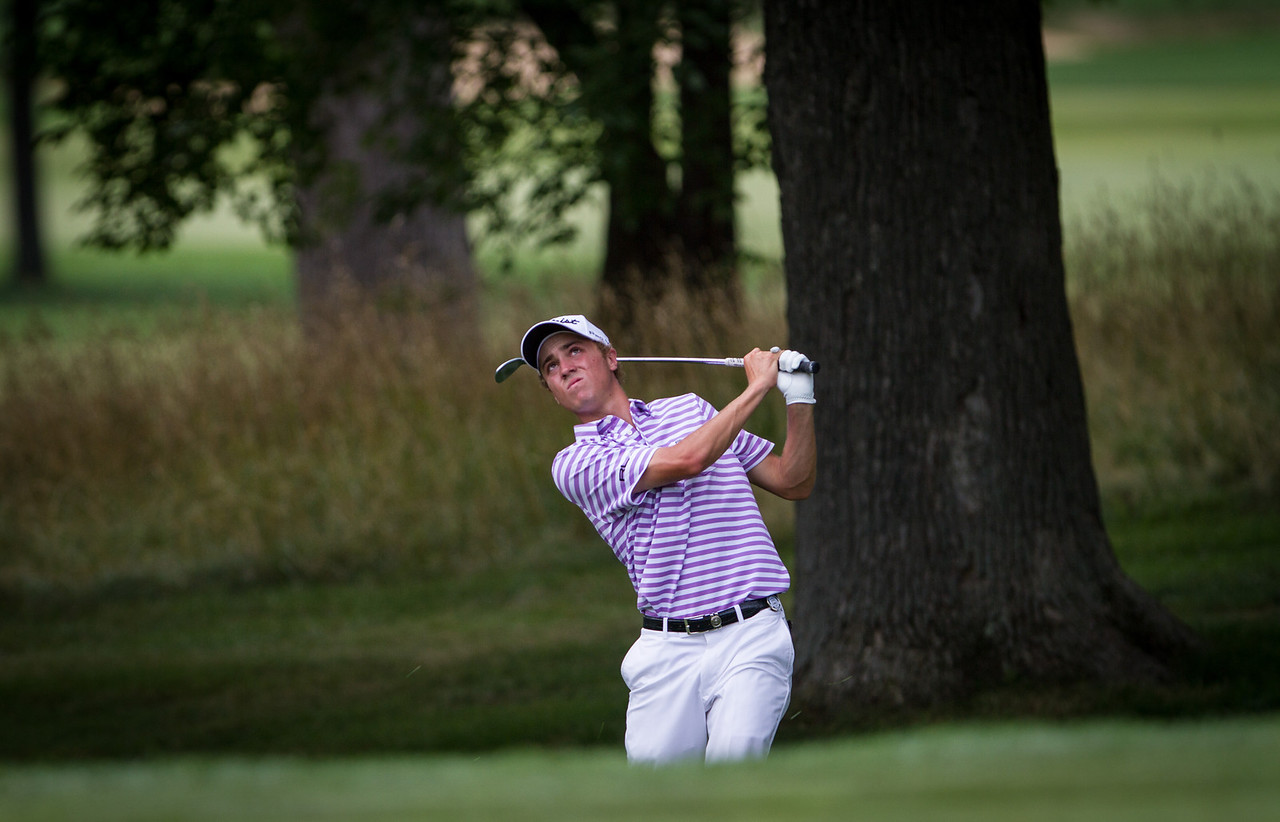 Justin Thomas pitches to the 8th green during the final round round of medal play at the 2012 Western Amateur Championship at Exmoor Country Club in Highland Park IL. on Thursday, August 2, 2012.. (WGA Photo/Charles Cherney)