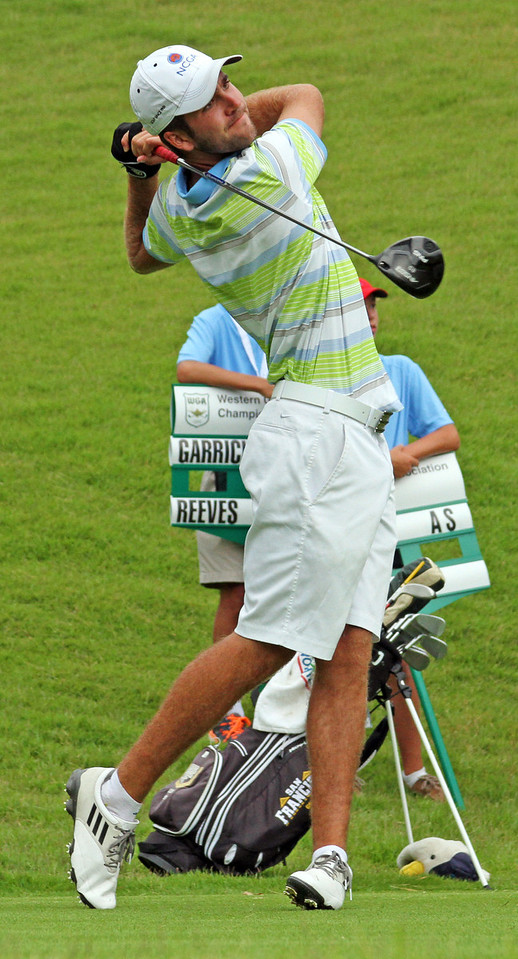 Cory McElyea of Santa Cruz, CA hits his first tee shot during the match play portion of the 111th Western Amateur at The Alotian Club in Roland, AR. (WGA Photo/Ian Yelton)