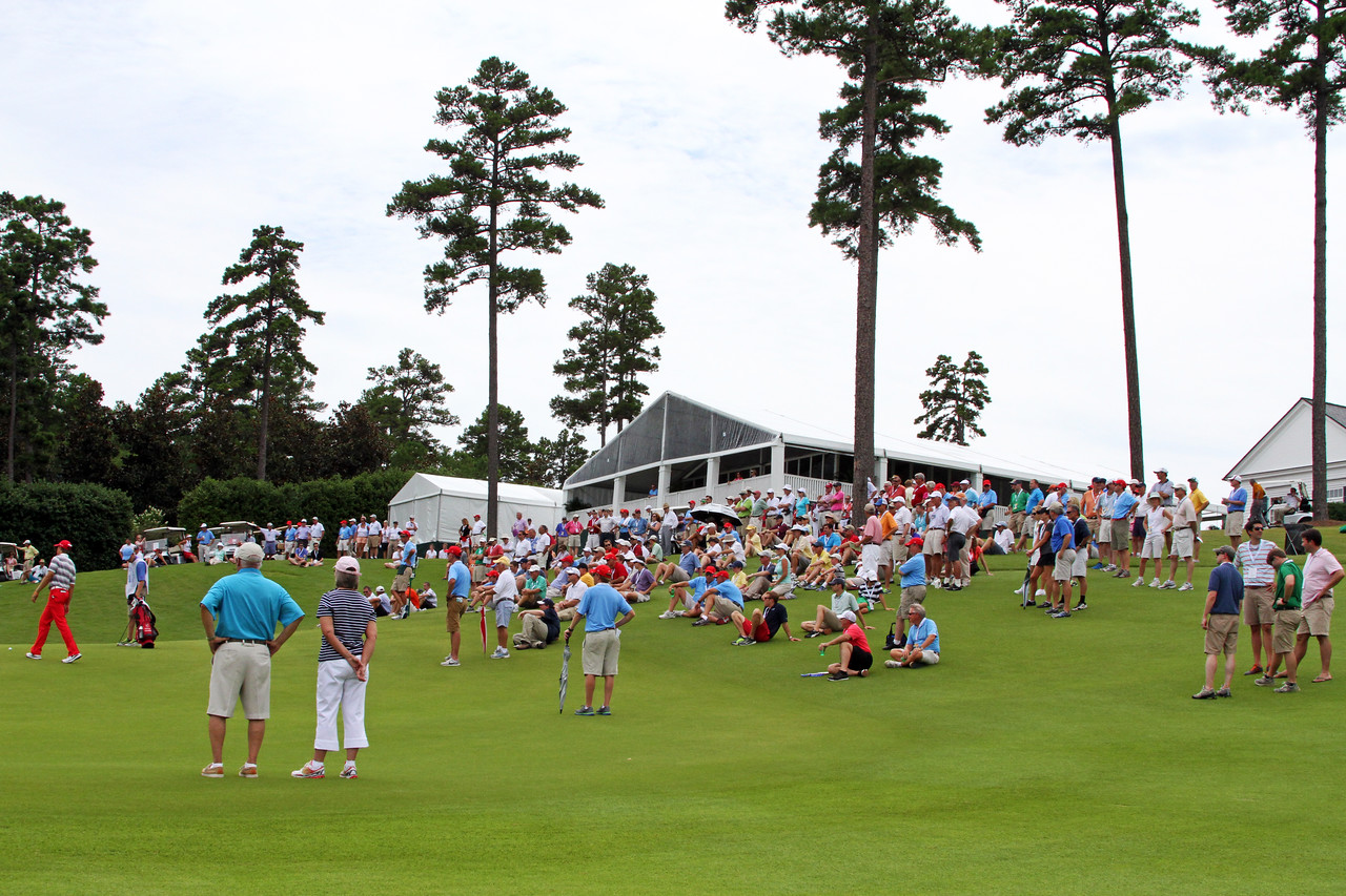 The gallery watches around the 18th green just before Sean Dale elimated Patrick Rodgers during the match play portion of the 111th Western Amateur at The Alotian Club in Roland, AR. (WGA Photo/Ian Yelton)