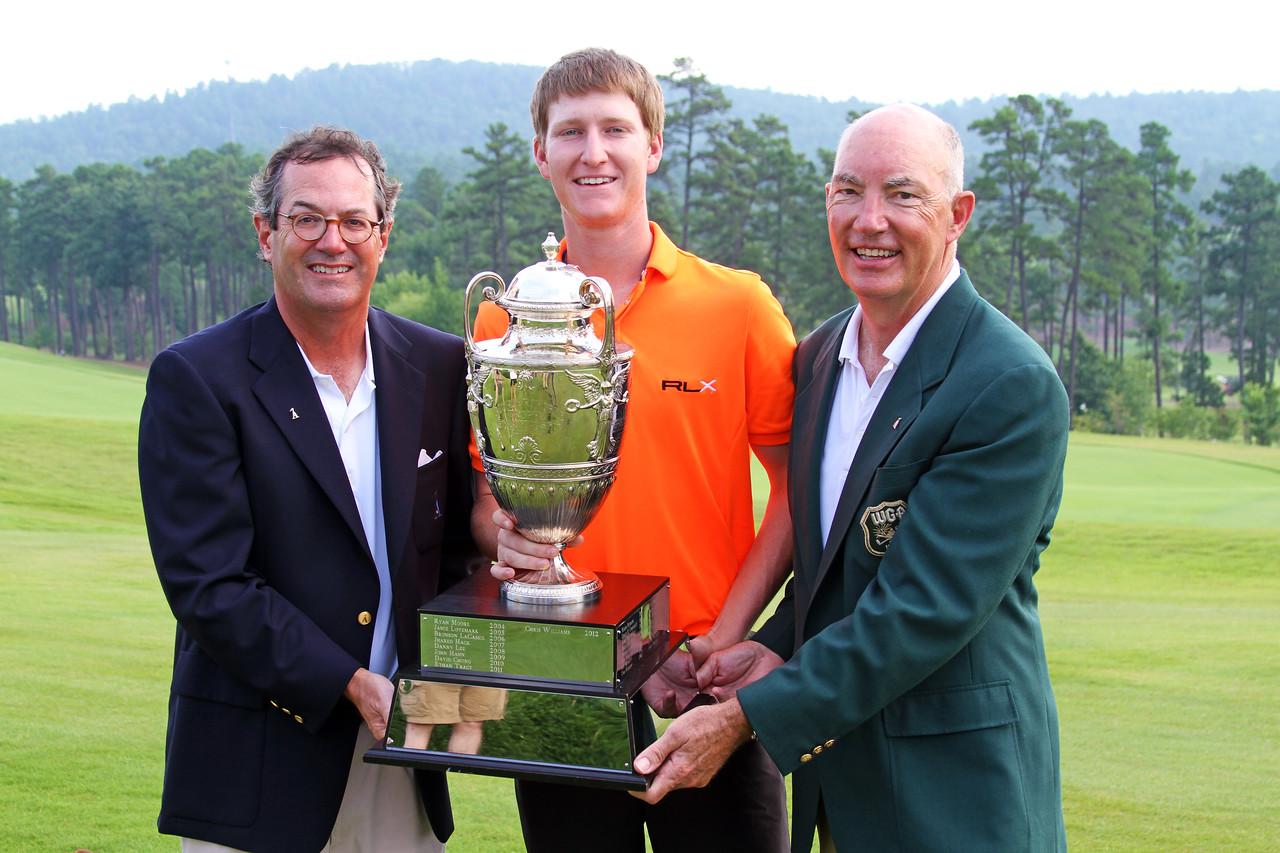 Warren Stephens, Jordan Niebrugge and Jim Bunch pose with the George R. Thorne trophy at the conclusion of the 111th Western Amateur at The Alotian Club in Roland, AR. (WGA Photo/Ian Yelton)
