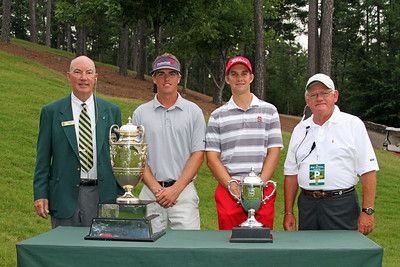 Sean Dale, second from left, (16) and Patrick Rodgers (1) before their opening match during the 111th Western Amateur at The Alotian Club in Roland, AR. (WGA Photo/Ian Yelton)