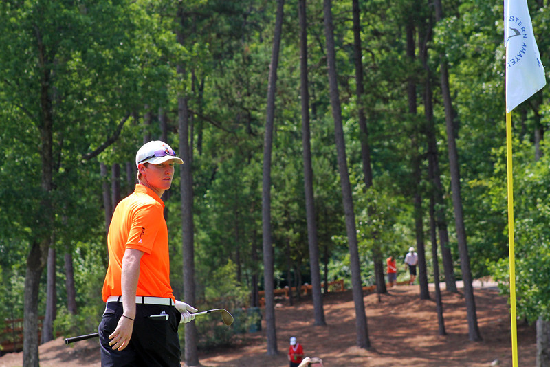 Jordan Niebrugge of Mequon, WI surveys the green before a chip during the semifinals of the 111th Western Amateur at The Alotian Club in Roland, AR. (WGA Photo/Ian Yelton)