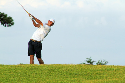 Seth Reeves of Suwanee, GA watches a drive during the second round of the 2013 Western Amateur at The Alotian Club in Roland, AR. (WGA Photo/Ian Yelton)