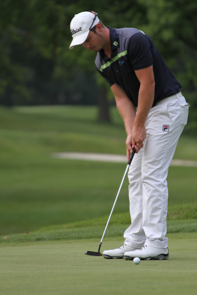 Geoff Drakeford putts during the second round of the 2014 Western Amateur.