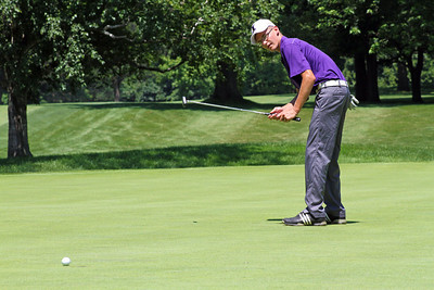 Dylan Meyer watches his putt grab the edge of the cup and fall for a birdie on the par-5 16th at Meridian Hills Country Club during the 96th Western Junior.