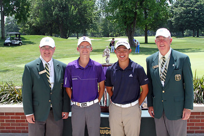 From left, David Haverick, Western Junior Chairman, Dylan Meyer, runner-up, Collin Morikawa, champion, and Jim Bunch WGA Chairman.