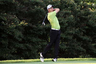 Chase Hanna of Leawood, Kansas shot a Meridian Hills Country Club course record of 63 to take a five-shot lead into the second round of the 96th Western Junior. He eagled the par-5 ninth to shoot a 6-under-par 29 on his front nine. (WGA Photo/Ian Yelton)