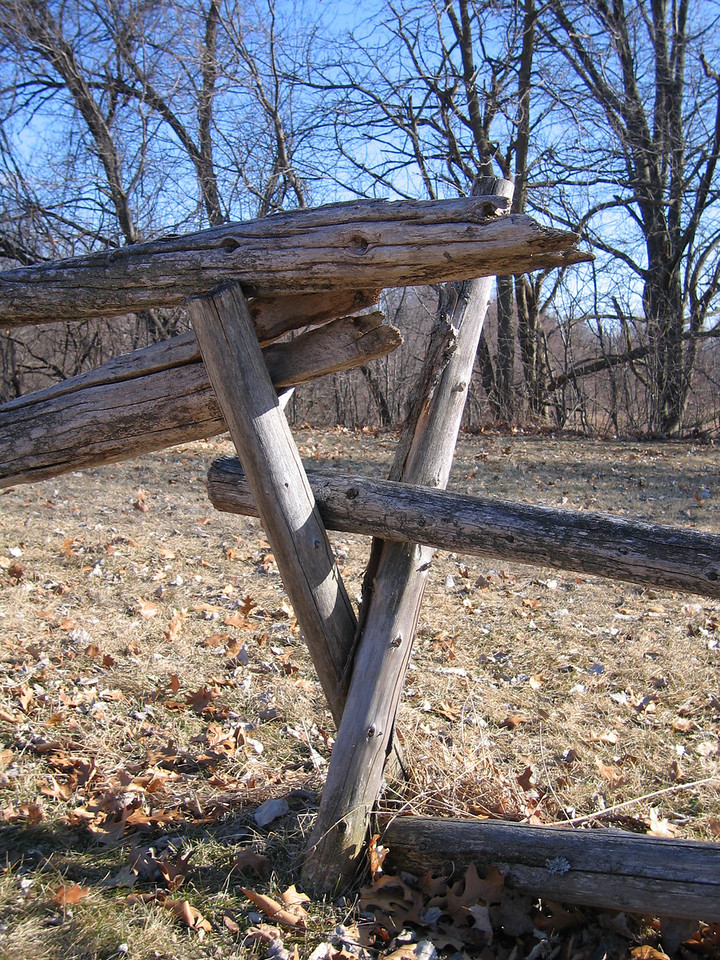 25 Stockade Fence Detail