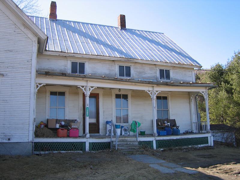 34 Hanson House Porch single