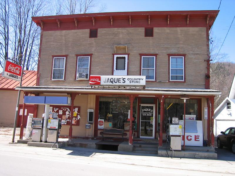 04 Jaques Store Facade