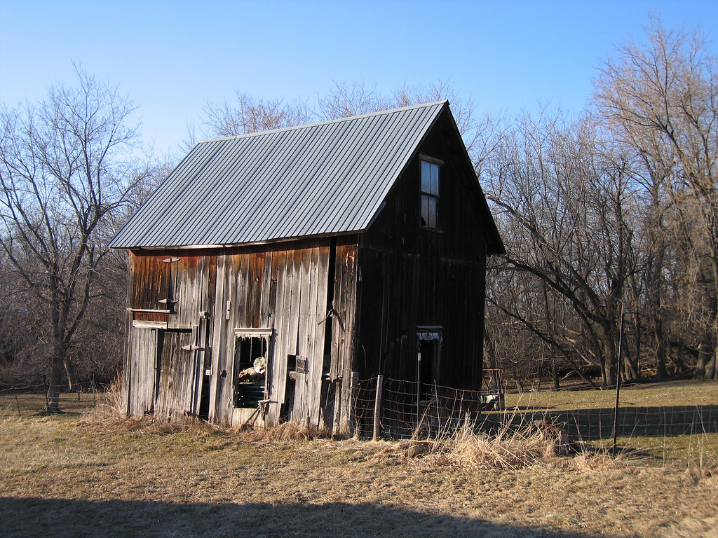 17 Round Barn Shed