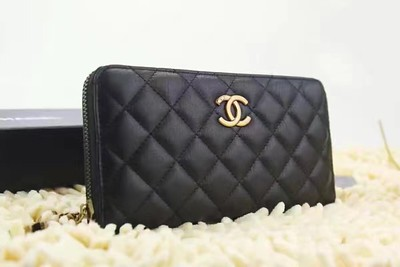 Chanel zippy wallet