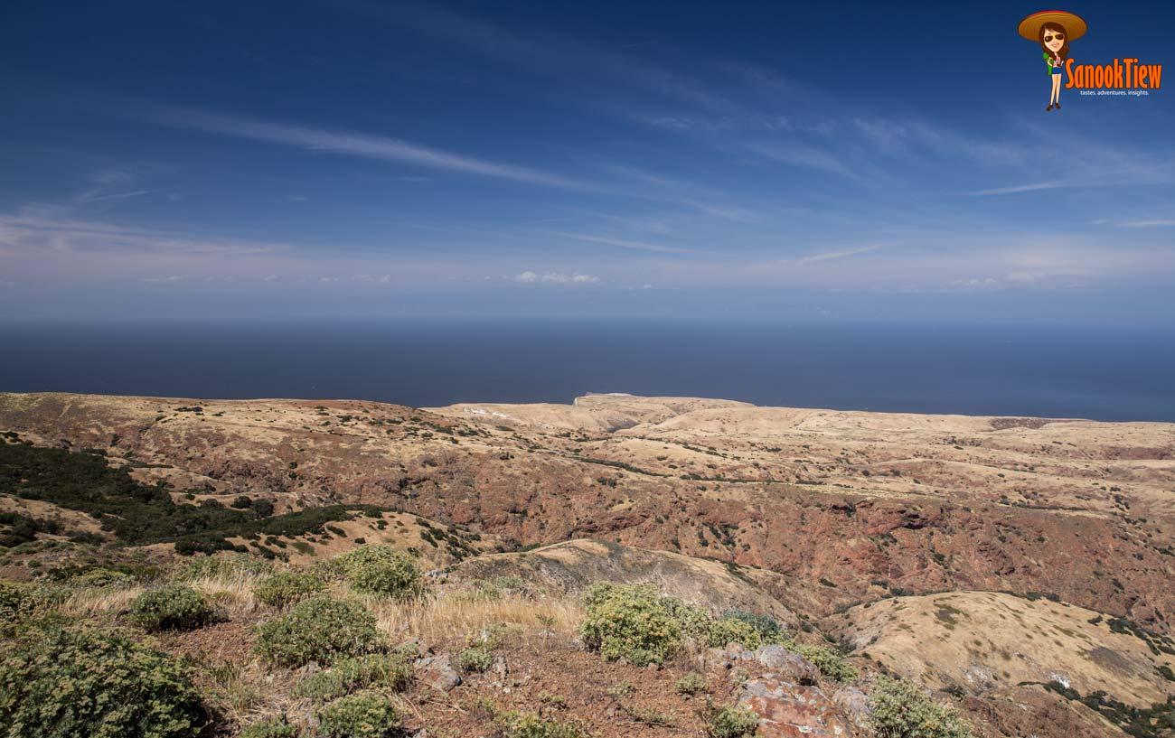 แค้มปิ้ง ไฮกิ้งใน เกาะซานตาครูซ - Santa Cruz Island, อุทยานแห่งชาติหมู่เกาะแชนเนล - Channel Islands National Park, California USA