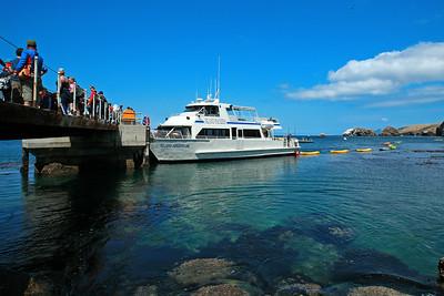 Island Packers, Scorpion landing, Santa Cruz Island. ipkr_5865