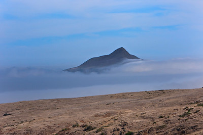 Scorpion Canyon Loop Trail - Fog rolls past Anacapa Island