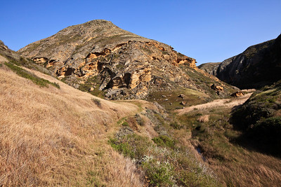 Trail near the lower end of Lobo Canyon