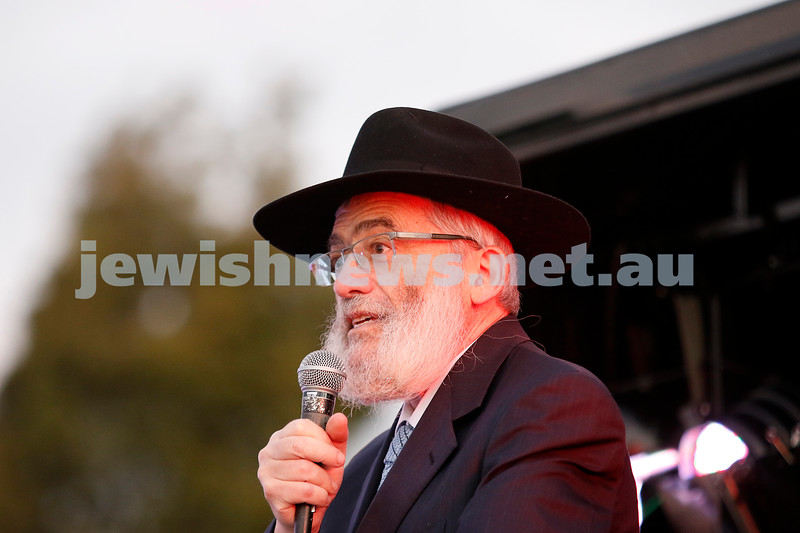 2-12-18. Chanukah in the Park. Caulfield Park. Joseph Gutnick.  Photo: Peter Haskin