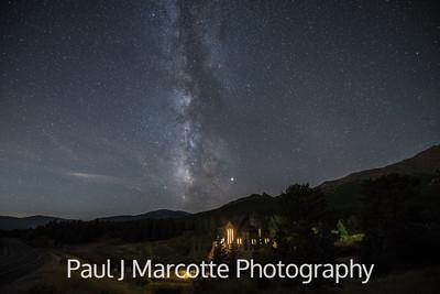 Meteor in the Milky way