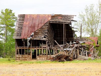 Old Barn 1 Copyright 2011 Neil Stahl