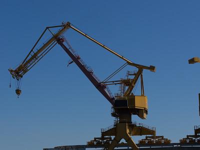 One big 'ol crane