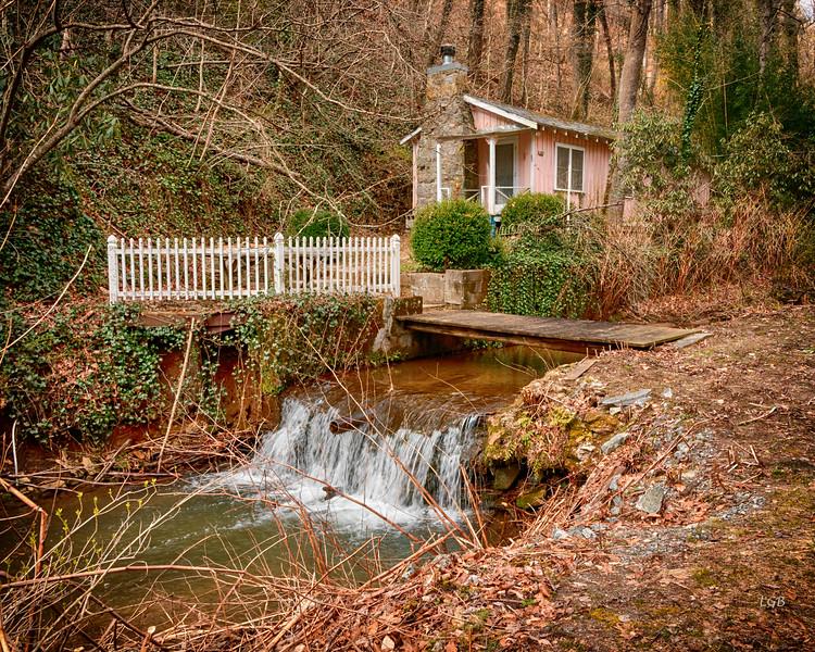 Mountain Cabin near Saluda, NC