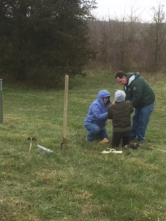 Tree planting at Sailor's Creek, 2018.  Photo by Mary Ames.