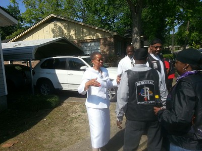 Escorts Funeral for Pacesetters Queen Divas 19 year old son Joseph  Labarron Berryhill Jr.
