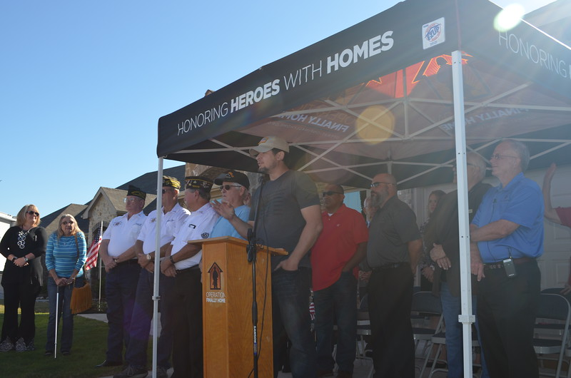 Former Operation Finally Home recipient Jerry Holcomb thanked the veterans and their spouses in attendance and welcomed the Rivases FINALLY HOME.