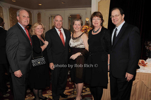 Jerry Calder, Eileen Calder, Bernie Kennedy,Lisa Kennedy, Anita Anziano, Jim Anziano<br /> photo by Rob Rich © 2009 robwayne1@aol.com 516-676-3939